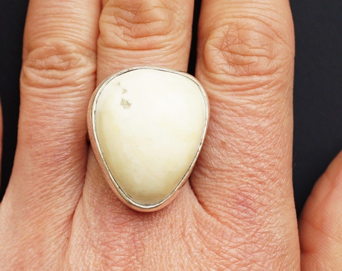 11.7g. White Baltic Amber Ring, Royal White Amber, Genuine Amber
