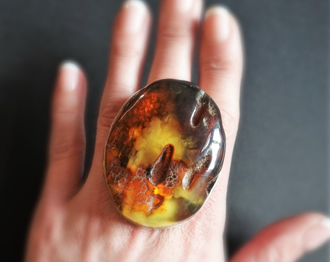 39,9g. Large Elegant Unique Baltic Amber Ring, Genuine Amber Ring, Oversized Ring, Collectors Piece