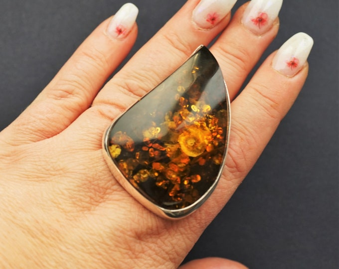 39,7g. Large Elegant Unique Baltic Amber Ring, Genuine Amber Ring, Oversized Ring, Unique Gift, Collectors Piece, Posh Ring