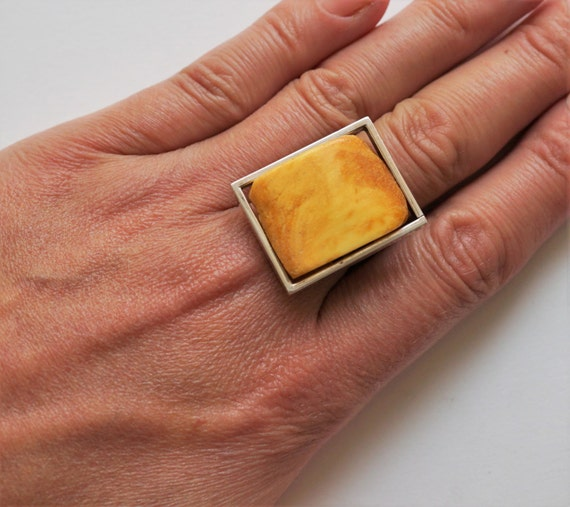 Handmade baltic amber ring11g