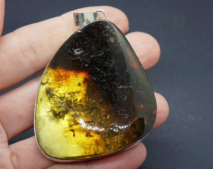 39,7g Large Baltic  Amber Pendant, Yellow Cognac Amber