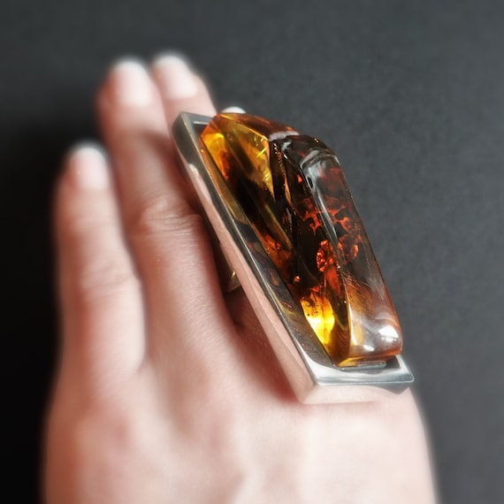 23g  Huge Ring, Artistic Jewellery, Yellow Amber Ring, Long Ring, E. Salwierz  Baltic Amber Ring