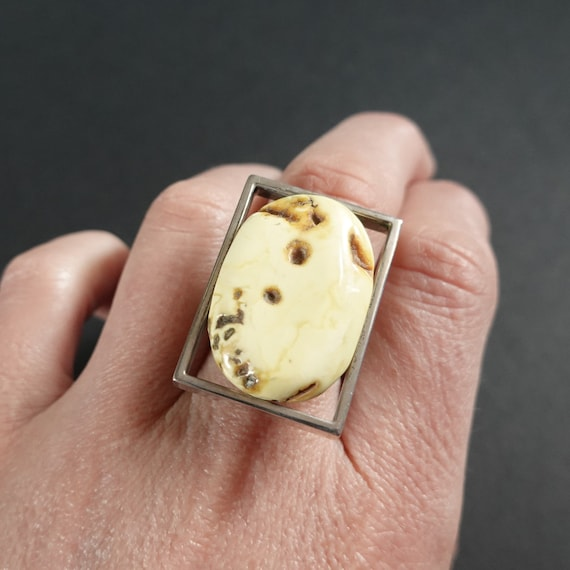 13g. White Baltic Amber Ring, Genuine Amber, Sterling Silver