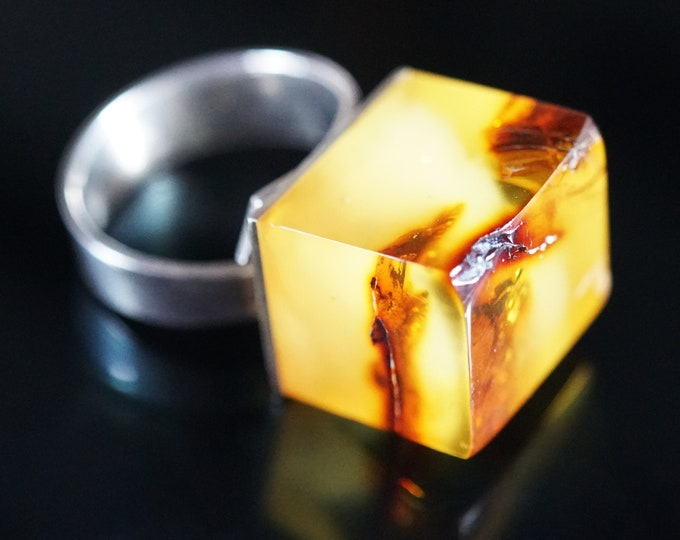 9,5g. Natural Baltic Amber Ring, E. Salwierz Design Ring, Unique Ring, Unisex Ring