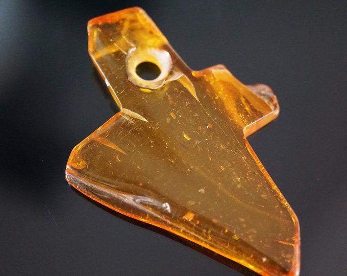 5.7g Baltic Amber Cross