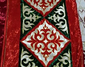 Kazakh Korpeshe (blanket) w/ cushions
