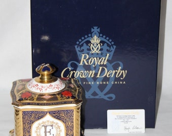 Royal Crown Derby - Old Imari Coronation Square Caddy - Box/Certificate - vgc