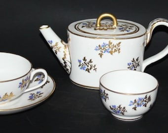 Sampson Hancock/Royal Crown Derby - Chantilly Sprigs - Bachelor Tea Set - c1925