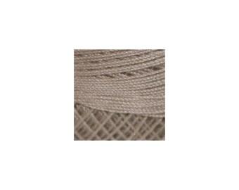Lizbeth Thread Size 20 Solid: #690 Mocha Brown Light