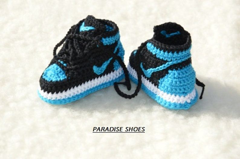 530de8b99 Nike Air Jordan 1 Crochet Baby Booties