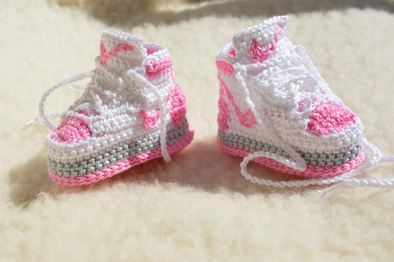 530de8b99 Nike Air Jordan 1 Crochet Baby Booties