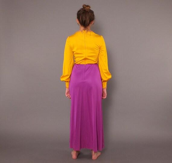 1960s Vintage Designer Label Embroidered Long Sle… - image 5