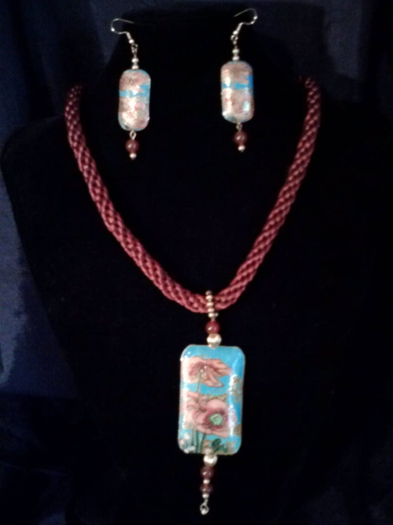 Necklace and Earrings of Satinique cord and Cloisonne
