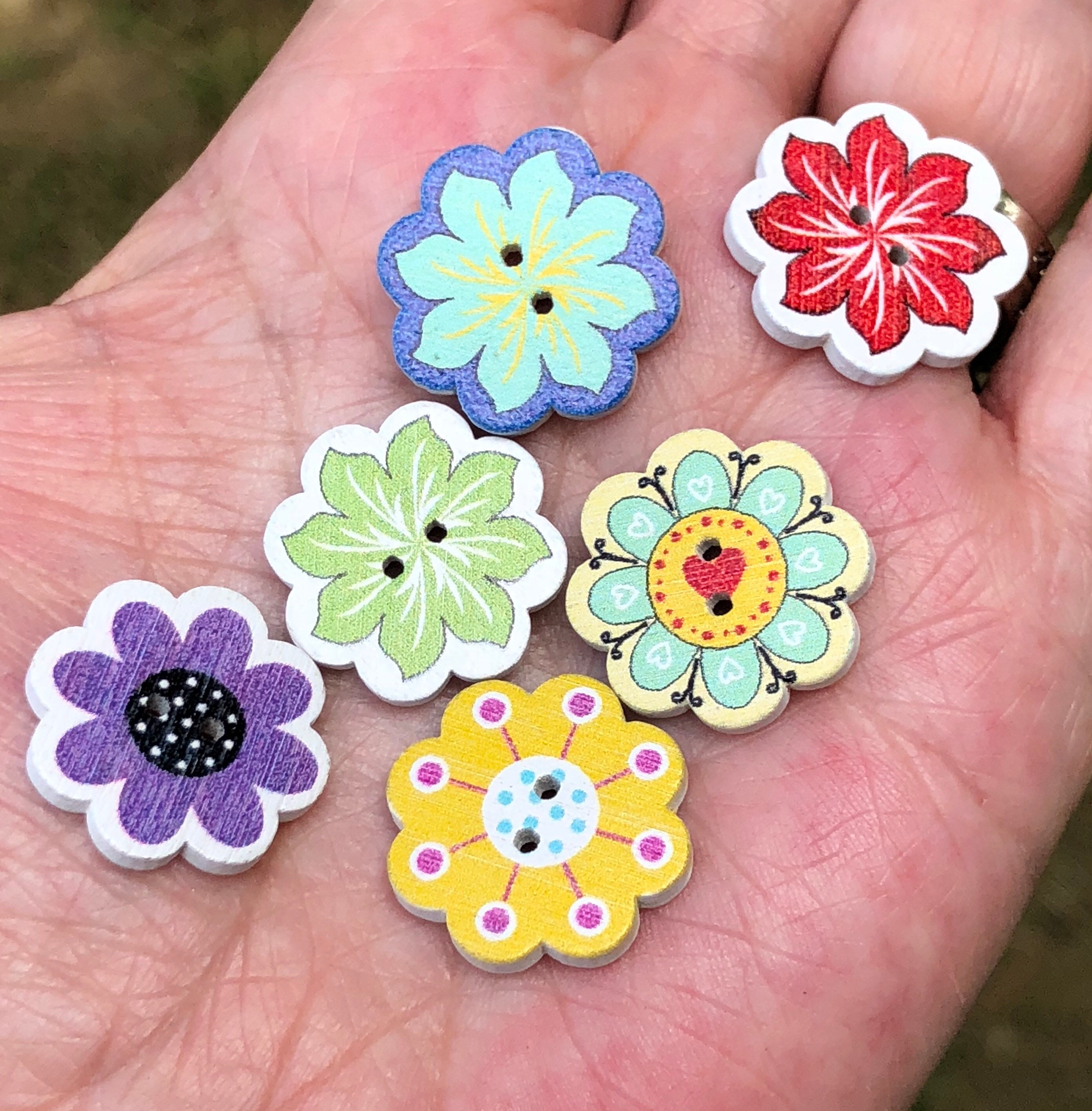 Rainbow Colours Swirl Patterned Buttons Size 20mm