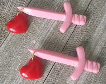 Dagger brooch with heart - 1940's vintage bakelite inspired