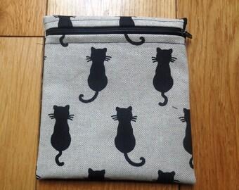 Sandwich Baggie Waterproof Lined Zip Pouch - Sandwich bag - Snack Bag - Bikini Bag - Lunch Bag Make Up Bag Small Poppins Pouch - Black Cat
