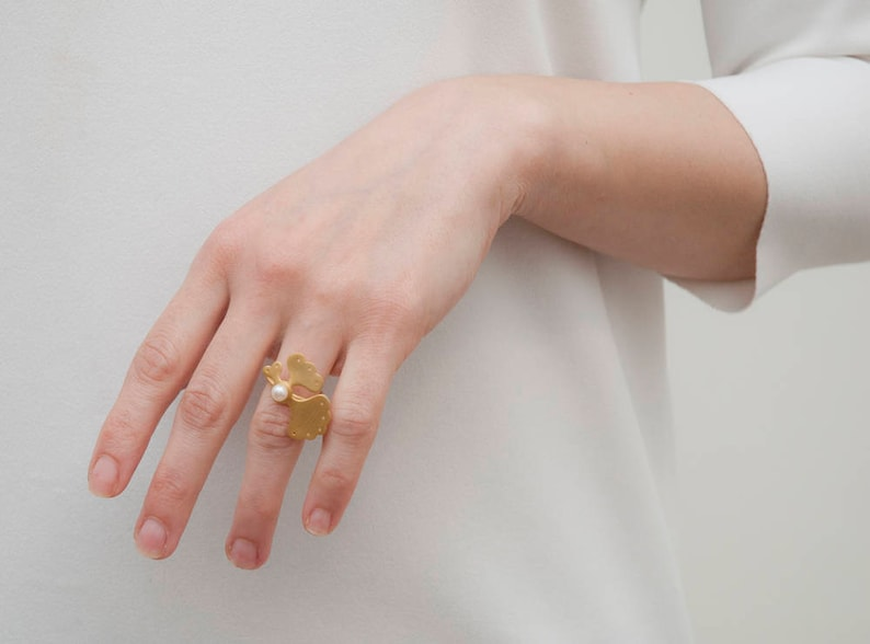 Unique Melio Jewels Gold Plated Freshwater Pearl Elegant Ring