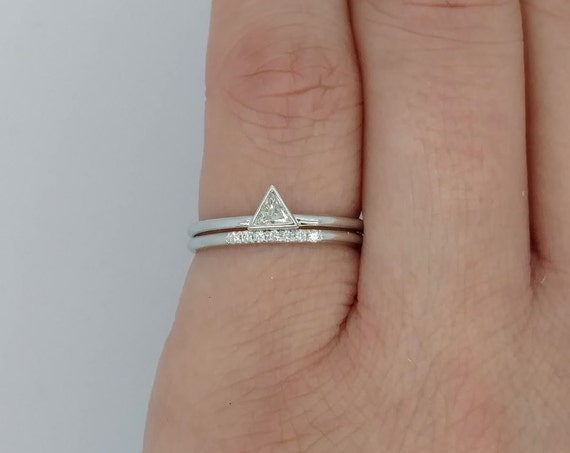 Minimalist Trillion Diamond Engagement Set ~ Simple Triangle Engagement Ring & Diamond Wedding Band ~ Simple Engagement Ring