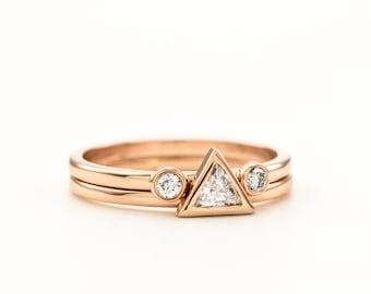 e6ef6266651c8 Triangle Diamond Engagement Ring Set Rose Gold Trillion | Etsy