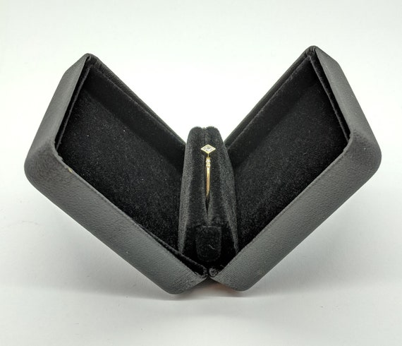 Ring Box Small Black Protective Presentable Pocketable Slim Thin