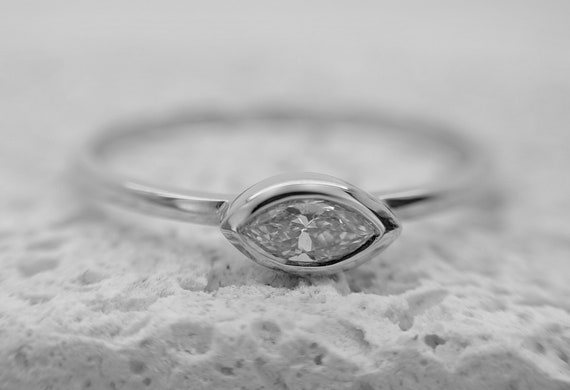 Marquise Diamond Ring Dainty Marquise Ring Minimalist Engagement Ring Marquise Bridal Ring Dainty Promise Ring
