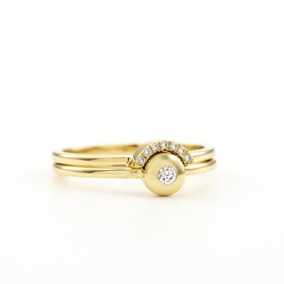 Engagement Diamond Ring Set / Round Diamond Solitaire & Pave Halo Diamond Wedding Ring / Minimal Simple Design / By KAT Designs