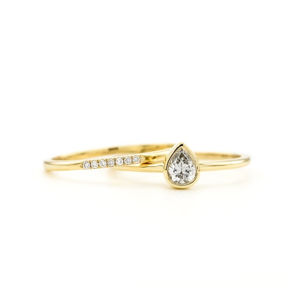 Pear Shaped Engagement Ring Set ~ Pear Cut Diamond Ring ~ Pear Diamond Solitaire with Thin Diamond Wedding Band ~ Thin Pear Ring Set