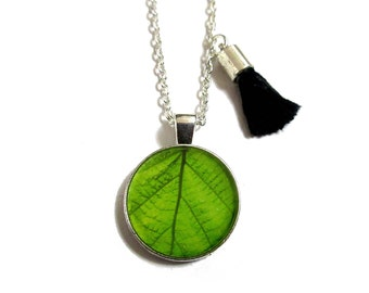 LEAF NECKLACE - Leaf Pendant - Everyday Jewelry - Gift for Nature Girl - Flower girl Gift - Bridesmaid necklace - Girls Jewelry