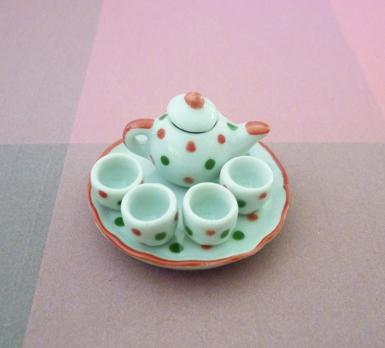 6 Mini Yellow 6 Sided Pitcher Dollhouse Miniatures Food Deco Kitchenware