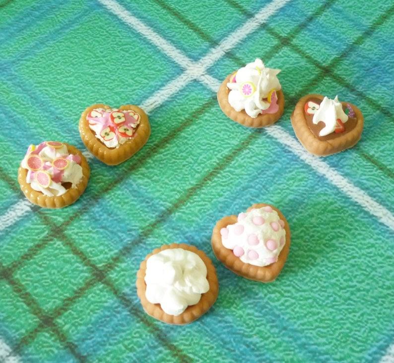 2 Miniature pie strawberry chocolate dessert miniature food Dollhouse miniatures 1 12 scale miniature miniature items