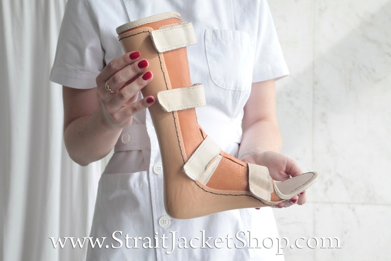 Small Vintage Orthopedic AFO Leg Brace Ankle Foot Orthosis  Feet