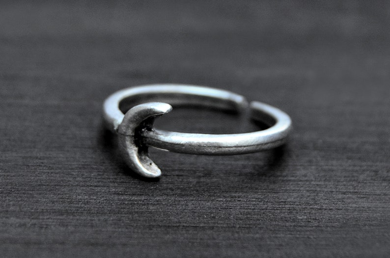 Dainty Crescent Moon Ring Bohemian Silver Midi Ring Cute Gift for Her