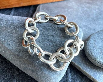 Retired Silpada Heavy Silver Bracelet, Free Shipping and Gift Wrap, Trending