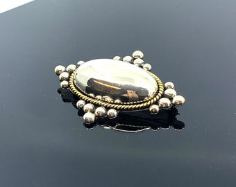 Vintage Silver Dome Pendant / Pin, Free Shipping and Gift Wrap, Trending