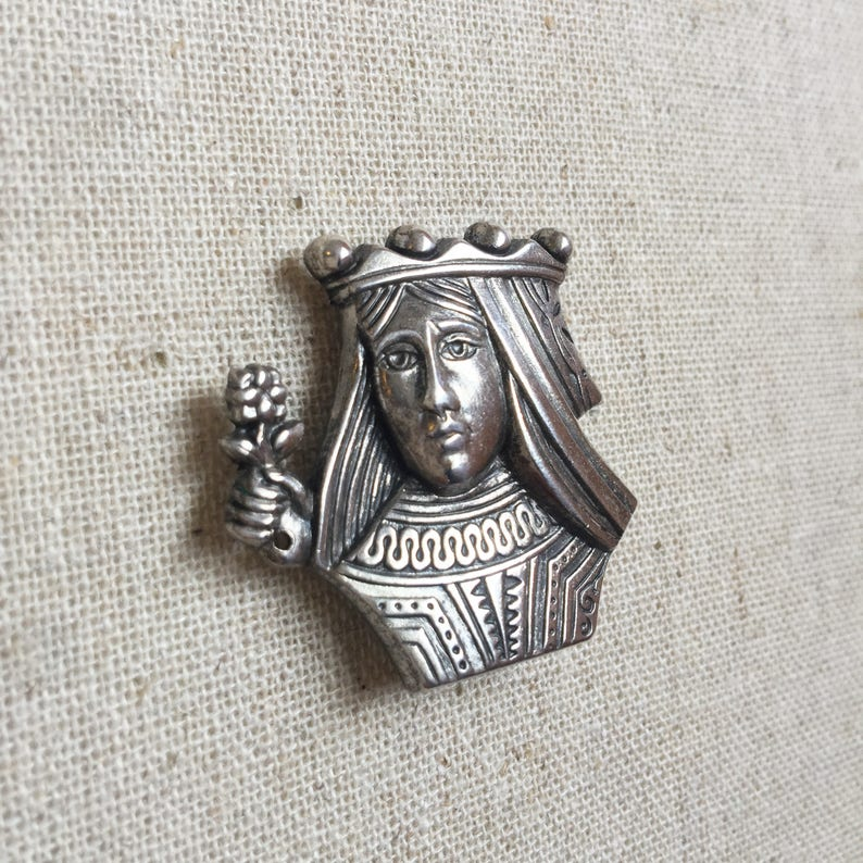 FREE GIFT BOX Vintage Coro Queen Brooch Pin Silver Mid image 0