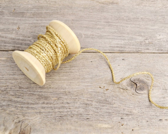 + Wooden Spool of Vintage Gold Metallic Thread Dark Color  French 50 Yrds