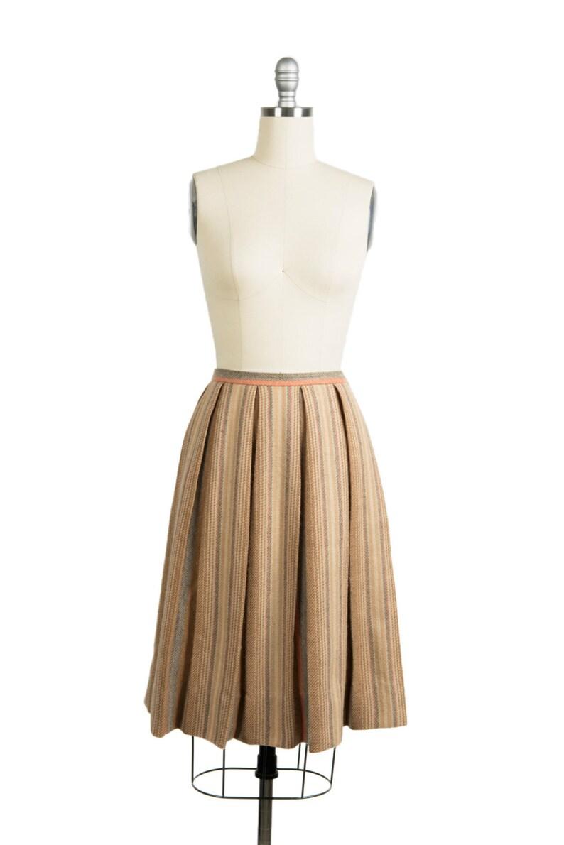 3900af053288a5 Vintage des années 1960 laine plissée jupe années 60 pli | Etsy