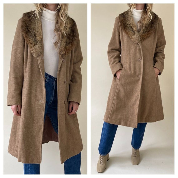 70s Beige Wool Trench w/ Authentic Fur collar // W