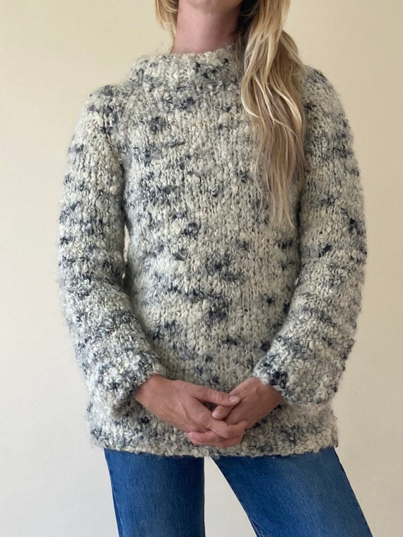 80s White Mock Neck Knit Sweater // Cosy Hand Knit
