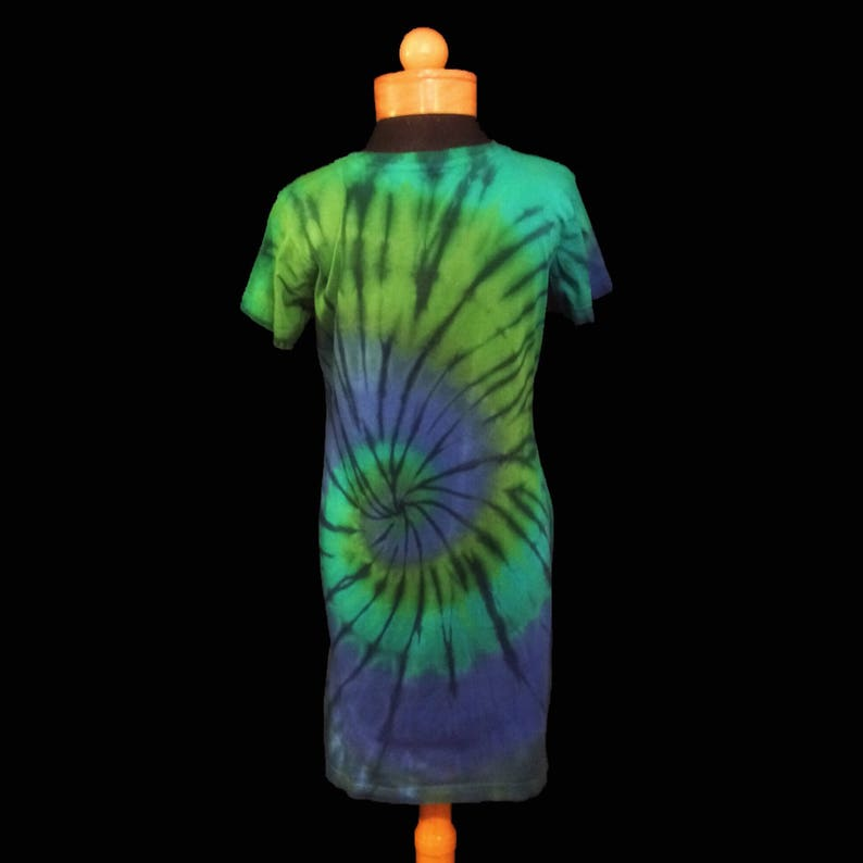 d8304e7d4984 OCEAN MIST Tie-Dye Woman s Dress or Nightgown Tie-Dye