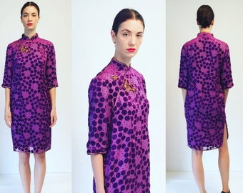 Vtg Asian Chinese Cheongsam Purple Velvet Dots Dress