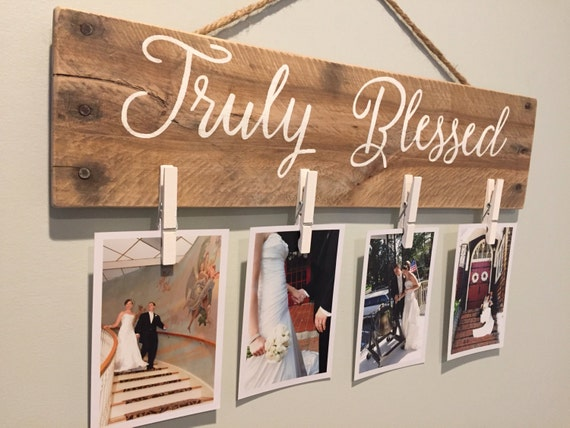 Clothes Pin Pallet Sign Picture Holder Display