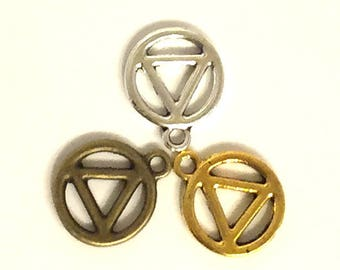 Small AA Charms / Circle Triangle Charms / Alcoholics Anonymous Jewelry / Recovery Charms  /  Set of FIVE or TEN