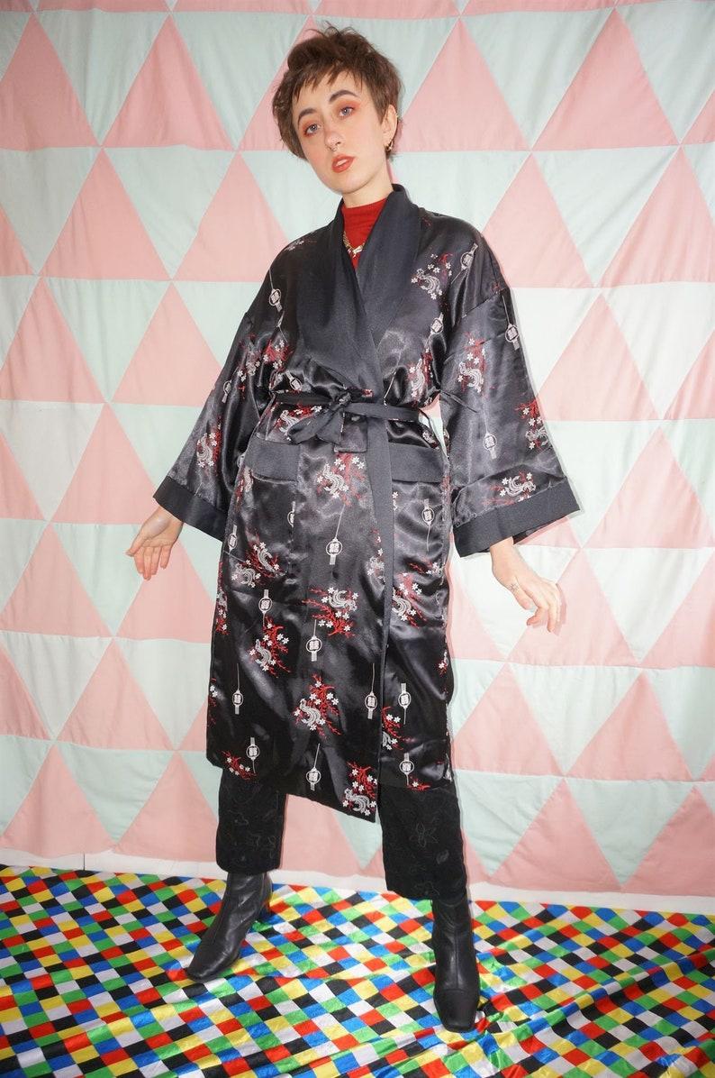 Vintage 90s Reversible Black  Red Dragon Embroidery Kimono