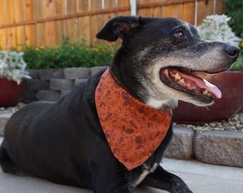 Halloween to Fall Dog Bandanas / Doggie Scarves / Halloween Neck Decoration / Puppy Bandanas / Fall Bandanas / Dog Neckwear