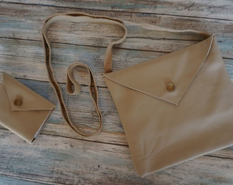 Square Leather Purse and Bi Fold Snap Wallet Gift Bundle