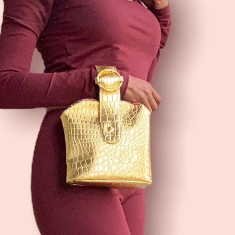 Posh  Bracelet Bag PDF Sewing Pattern crossbodybelt bag image 1