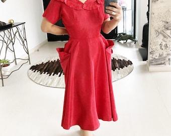 9a95a7d0d777 Stunning 1950s Leaf Applique Ceil Chapman Dress