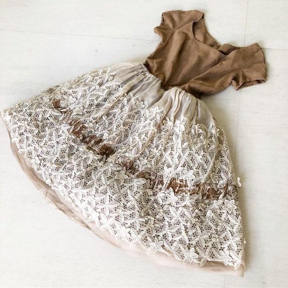 Gorgeous Lace Applique Dress