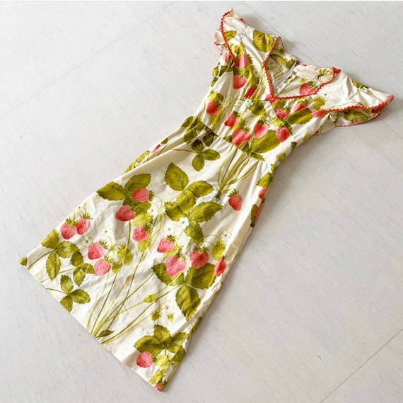 Pretty Strawberry Print Sundress